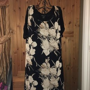 The avenue plus size flower black midi dress